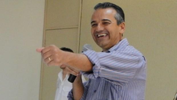 Ex-prefeito Humberto Machado é eleito em Jataí, com 55,33% dos votos