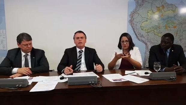 Tarcisio de Freitas Jair Bolsonaro Hélio Negão 5 - Foto Reprodução Facebook