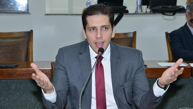 Olyntho Neto comemora retomada do tratamento de radioterapia em Araguaína