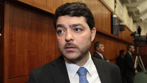 """Após ser expulso do PTB, Henrique Arantes diz que presidente nacional está fazendo partido """"definhar"""""""