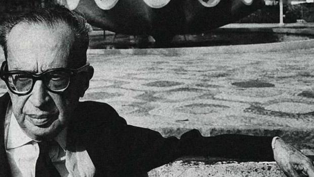 Manuel Bandeira criou poema modernista a partir de uma história de jornal e a eternizou