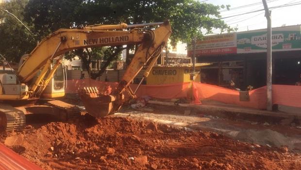 Lojistas da Avenida Goiás registram baixa superior a 70% nas vendas em razão de obras do BRT