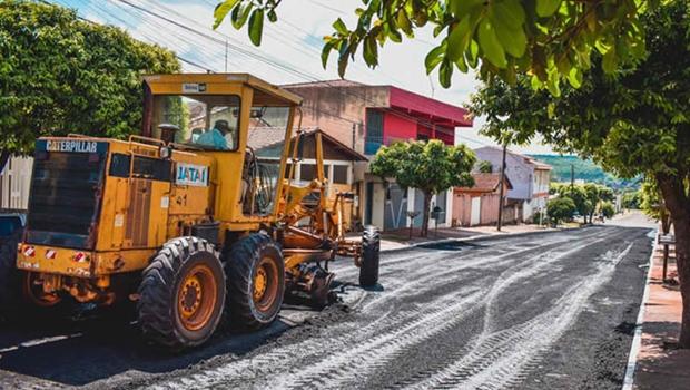Prefeitura de Jataí intensifica trabalho de recapeamento em vias urbanas