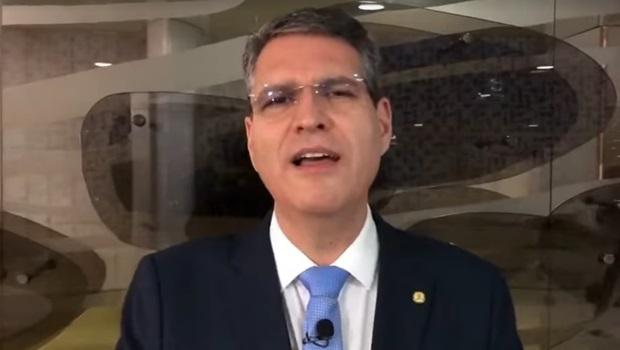 Pré-candidato a prefeito pelo PSD, deputado Francisco Júnior pode se tornar um aliado ou um problema nos planos do senador Vanderlan Cardoso no partido