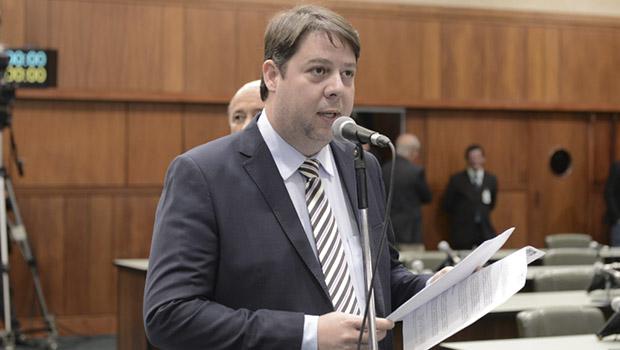 Karlos Cabral diz que tende a ser contra venda de ações da Saneago, mas considera refletir
