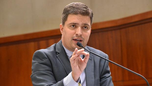 """Humberto Teófilo rebate Delegado Waldir sobre cassação de seu mandato: """"Não é cabível"""""""