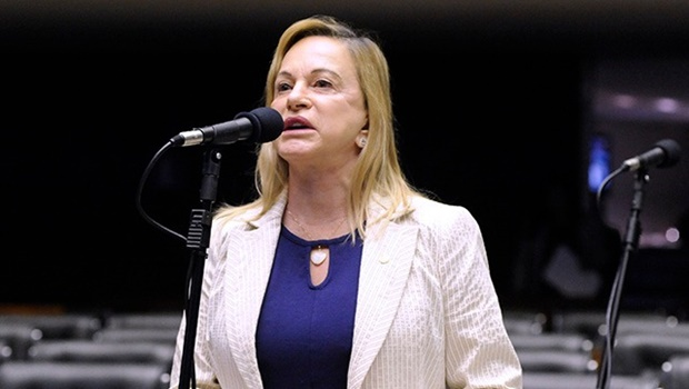 Magda Mofatto será relatora na votação sobre prisão do deputado Daniel Silveira