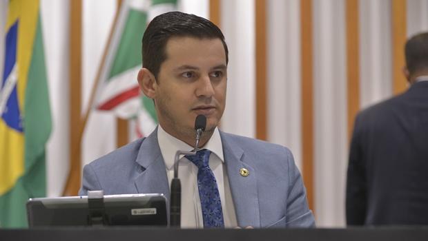 Deputado Rafael Gouveia testa positivo para Covid-19