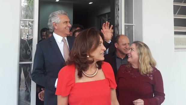 Caiado libera pagamento de R$ 42 milhões para transporte escolar em atraso desde 2018