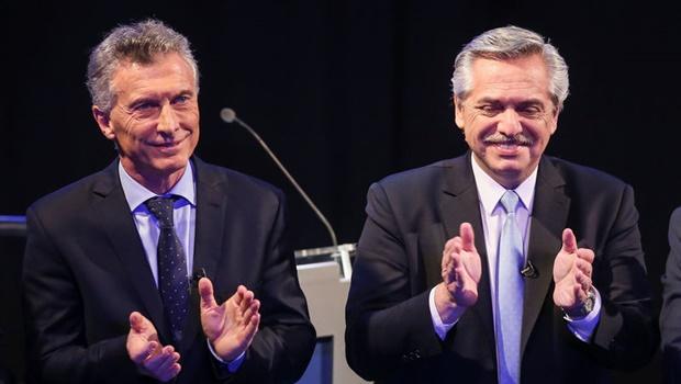 Macri faz comícios pelo país, enquanto Fernández se encontra com líderes mundiais