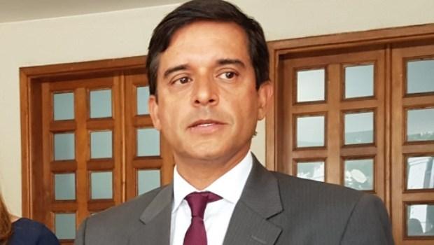 Anderson Máximo deixa o governo de Goiás para tentar ser desembargador