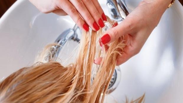 Uso de formol no cabelo pode trazer graves riscos. Veja o que dizem os especialistas