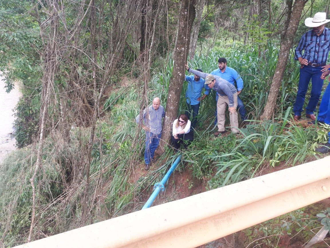 Duas pontes em rodovias goianas são interditadas após rompimento de barragem