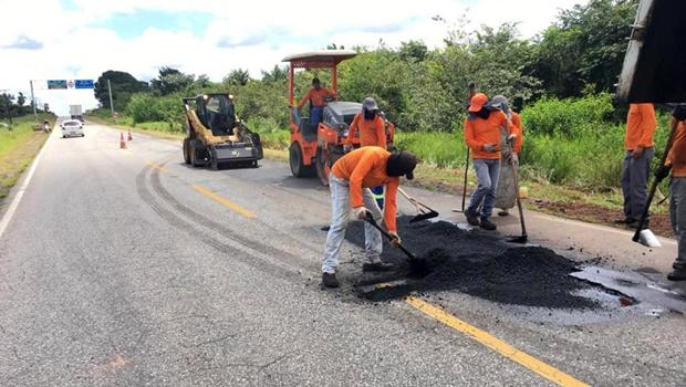 Chuvas atrapalham obras de manutenção em trechos de rodovias goianas