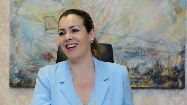 Sem polarização, aumentam as chances de reeleição de Cinthia Ribeiro