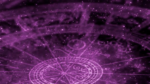 Astróloga prevê polarização e disputas acirradas na política em 2020