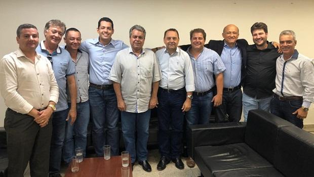 Pré-candidato à prefeitura de Morrinhos reúne com Roller em busca de apoio do governador