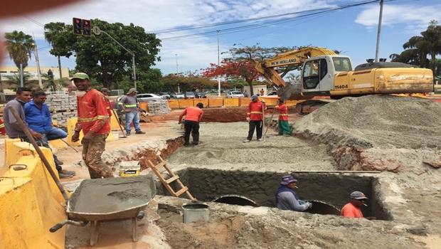 Prefeitura inicia construção de rede de drenagem na região da Avenida Araguaia