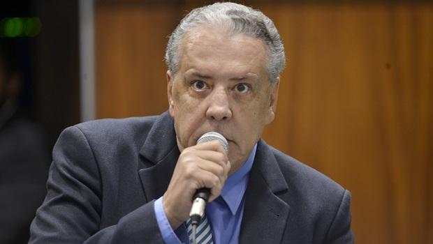 """""""Jânio Darrot não irá deixar a presidência"""", diz deputado Tião Caroço"""