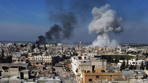 Após ataque sírio, turcos revidam bombardeio e ampliam tensão entre países