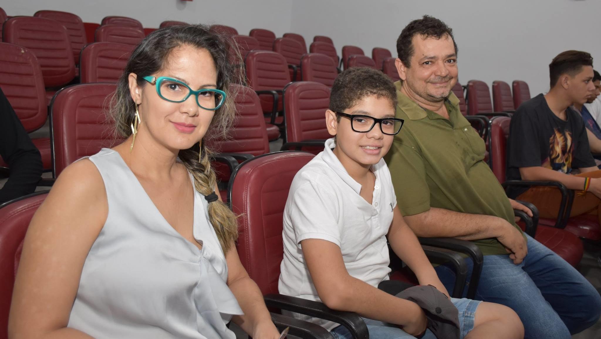 Dulci Moura deixa pré-campanha de Valadares e trabalha pra Márcio Luis