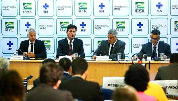 Equipe do Ministério da Saúde tem dado entrevistas frequentes para atualizar número de casos suspeitos de contágio do novo coronavírus no Brasil