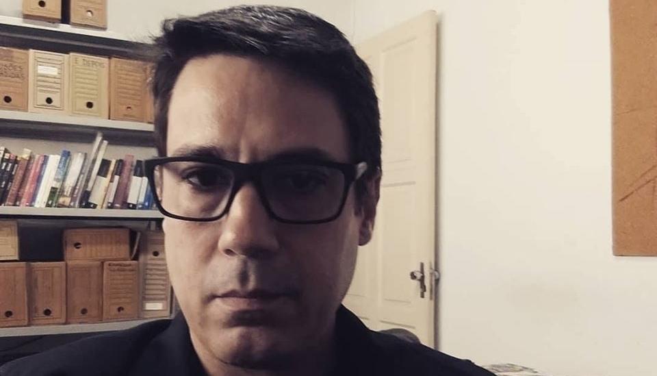 A narrativa ácida e inquietante de Rodrigo Novaes de Almeida