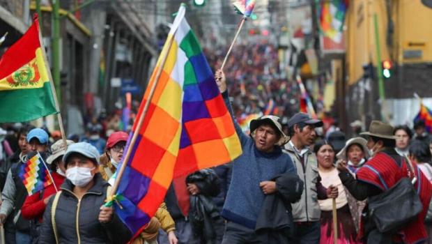 Movimentos sociais de esquerda se preparam para eleições na Bolívia