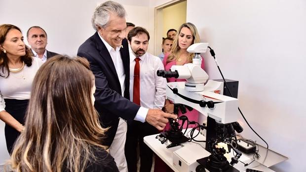 Governador Ronaldo Caiado entrega reforma do IML de Luziânia