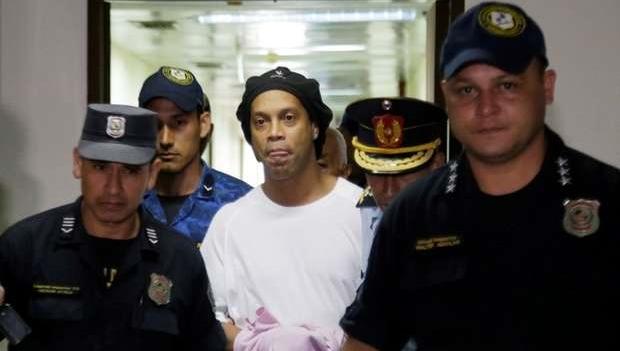 Justiça do Paraguai nega pedido de prisão domiciliar para Ronaldinho Gaúcho e irmão