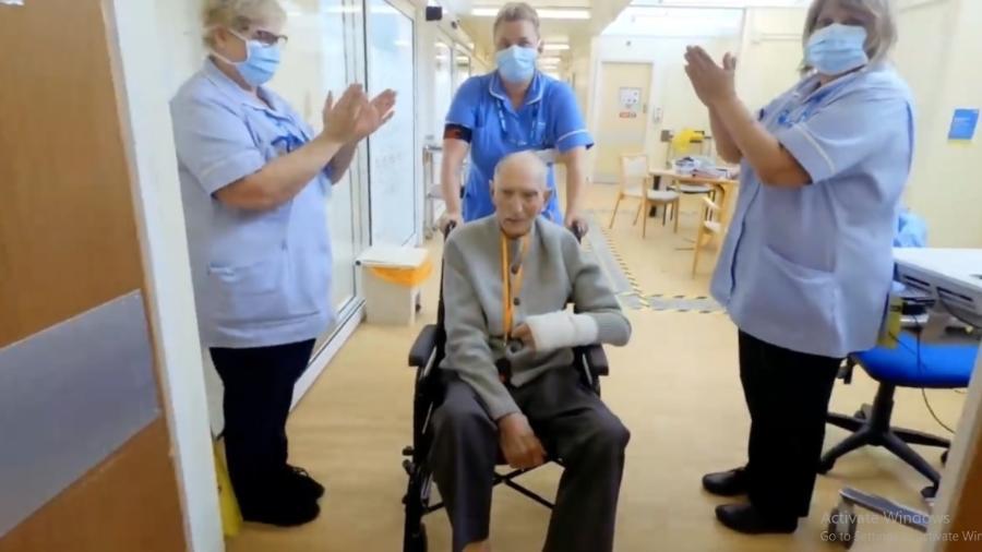 Inglês de 99 anos que lutou na Segunda Guerra está curado da Covid-19