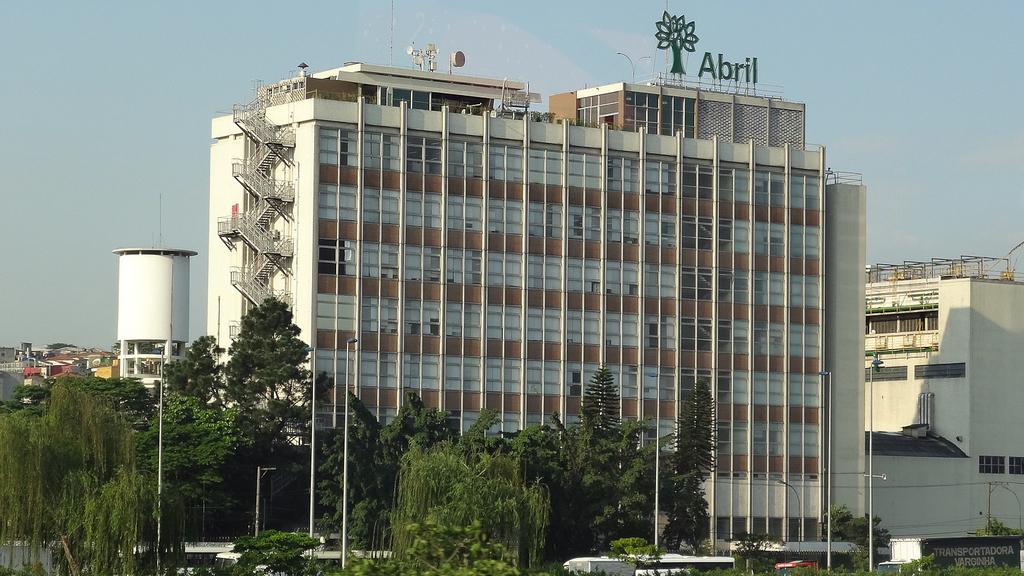 Editora Abril demite 60 funcionários e não deposita multa total do FGTS