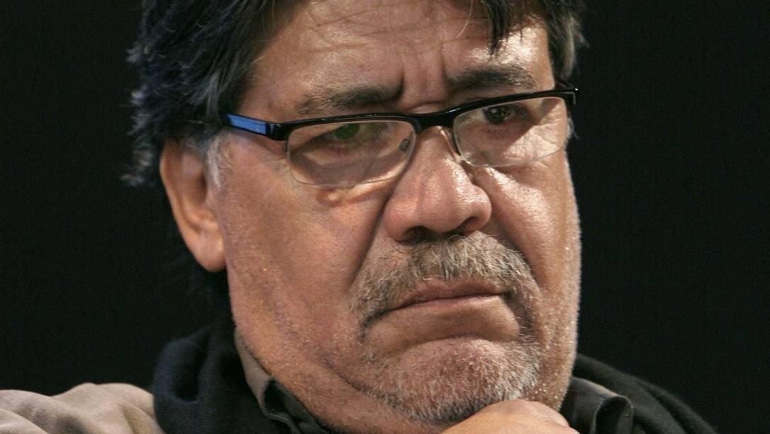Morre escritor chileno em decorrência do novo coronavírus