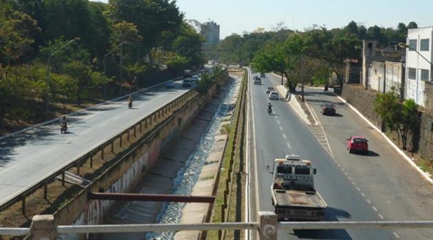 Trecho da Marginal Botafogo é interditado para obras