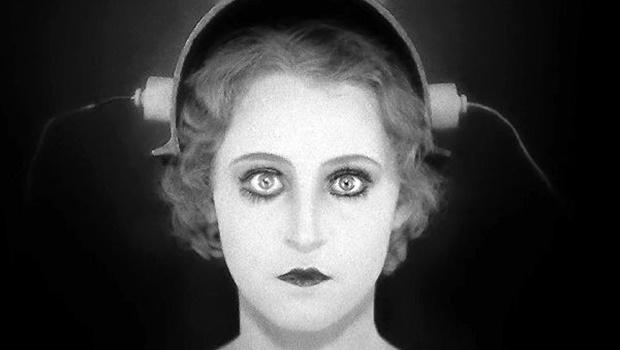 Muito além das câmeras – A mulher no cinema