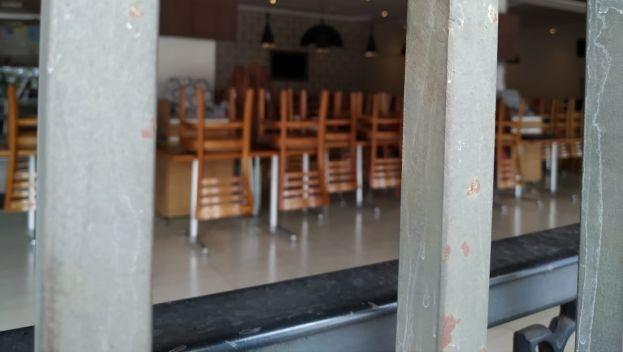 Justiça reavalia permissão para funcionamento de bares e restaurantes aos finais de semana em Goiânia