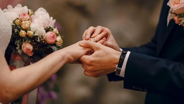 Cai pela metade número de casamentos durante pandemia