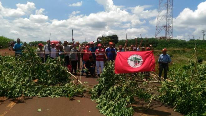 Os que lamentam manifestações em Brasília não lamentavam invasões do MST