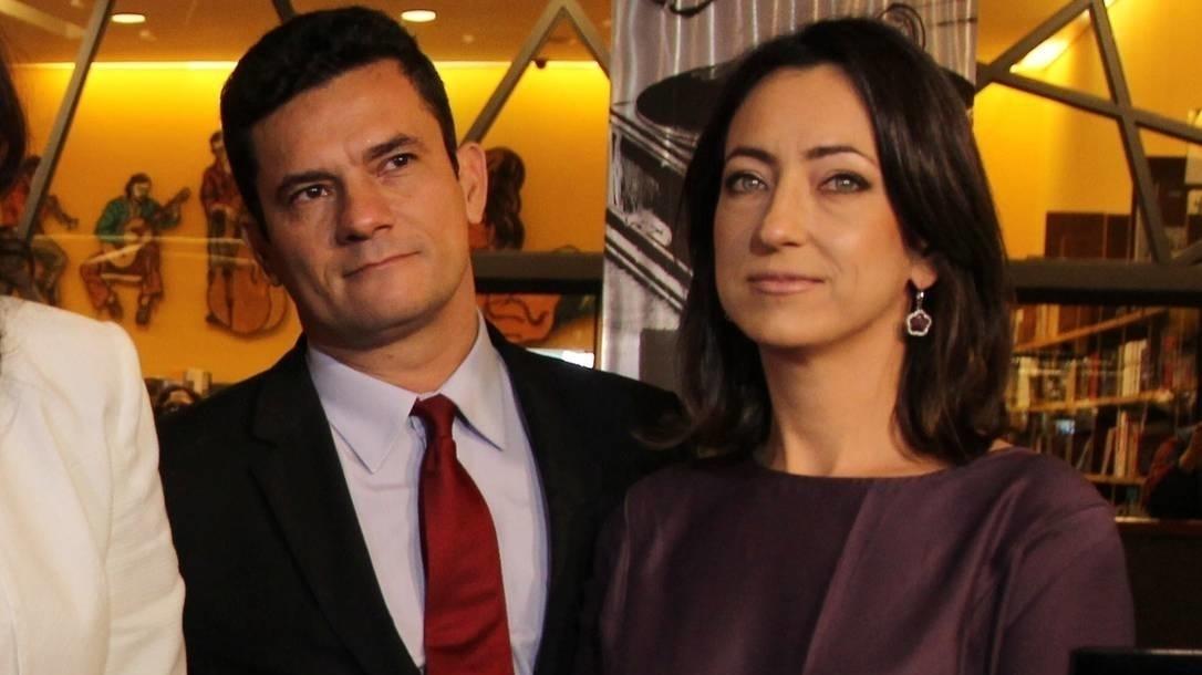 Editora Planeta ganha o direito de publicar o livro-bomba da mulher de Sergio Moro