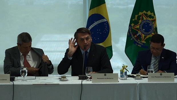 Walter Braga Netto Jair Bolsonaro Hamilton Mourão reunião ministerial 22-4-2020 - Foto Reprodução Presidência da República