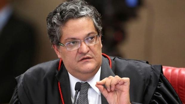 Ex-ministro do TSE defende manutenção do calendário eleitoral