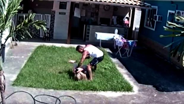 Câmera flagra momento em que policial militar agride esposa, no Rio de Janeiro