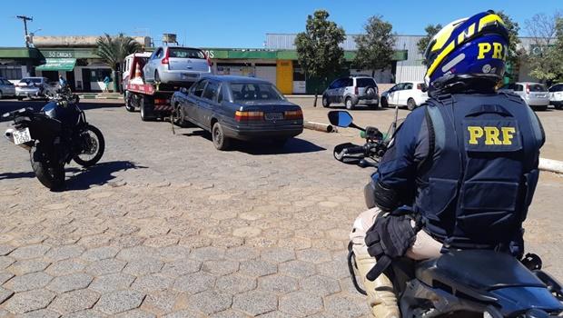 PRF apreende carro com mais de 170 multas