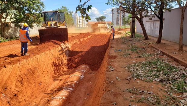 Prefeitura de Palmas prossegue com pavimentação asfáltica e drenagem em avenidas