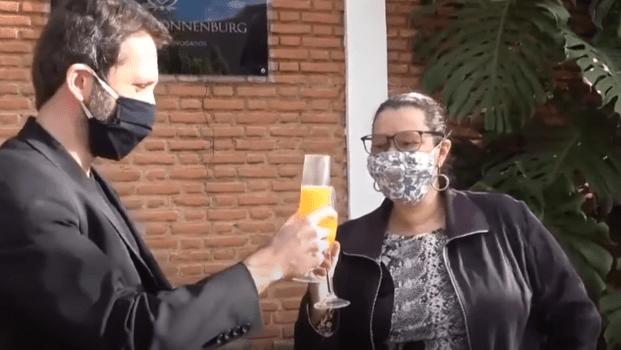 Filha de Olavo de Carvalho conta ao Jornal Opção como ajudou na prisão de Queiroz