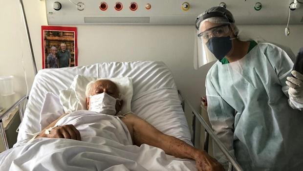 No Dia dos Namorados, Hugo oferece fotos e videochamadas para pacientes internados
