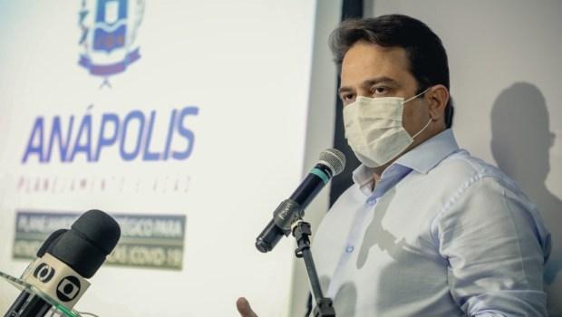 """""""Situação de Anápolis é um pouco diferente"""", diz Roberto Naves sobre decisão de aderir à quarentena estadual"""