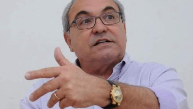 Jânio Darrot anuncia pagamento antecipado de salários dos servidores de Trindade