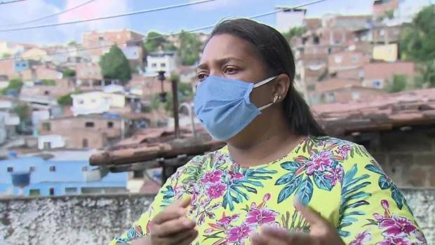 """""""Se fosse eu, meu rosto estaria estampado na TV"""", diz mãe do menino que caiu do prédio em Recife"""