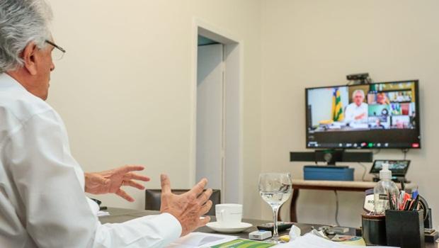 Ronaldo Caiado reunião prefeitos 29-6-2020 - Foto Governo de Goiás